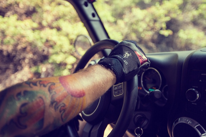 Product Review: Warn Synthetic Winching Gloves