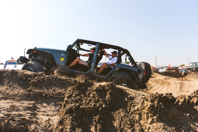 Day 4 from Jeep Beach: Smashed tails, Stitches, and Epic Parties