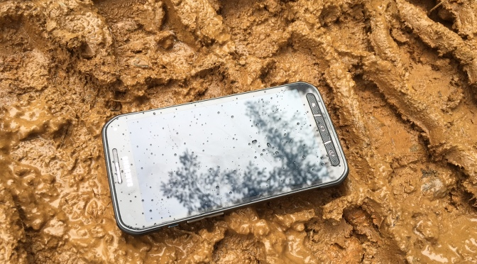 What is the Best Phone for Off-roading?